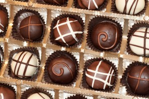 Wine and Chocolate Stroll in Danville Thursday Night