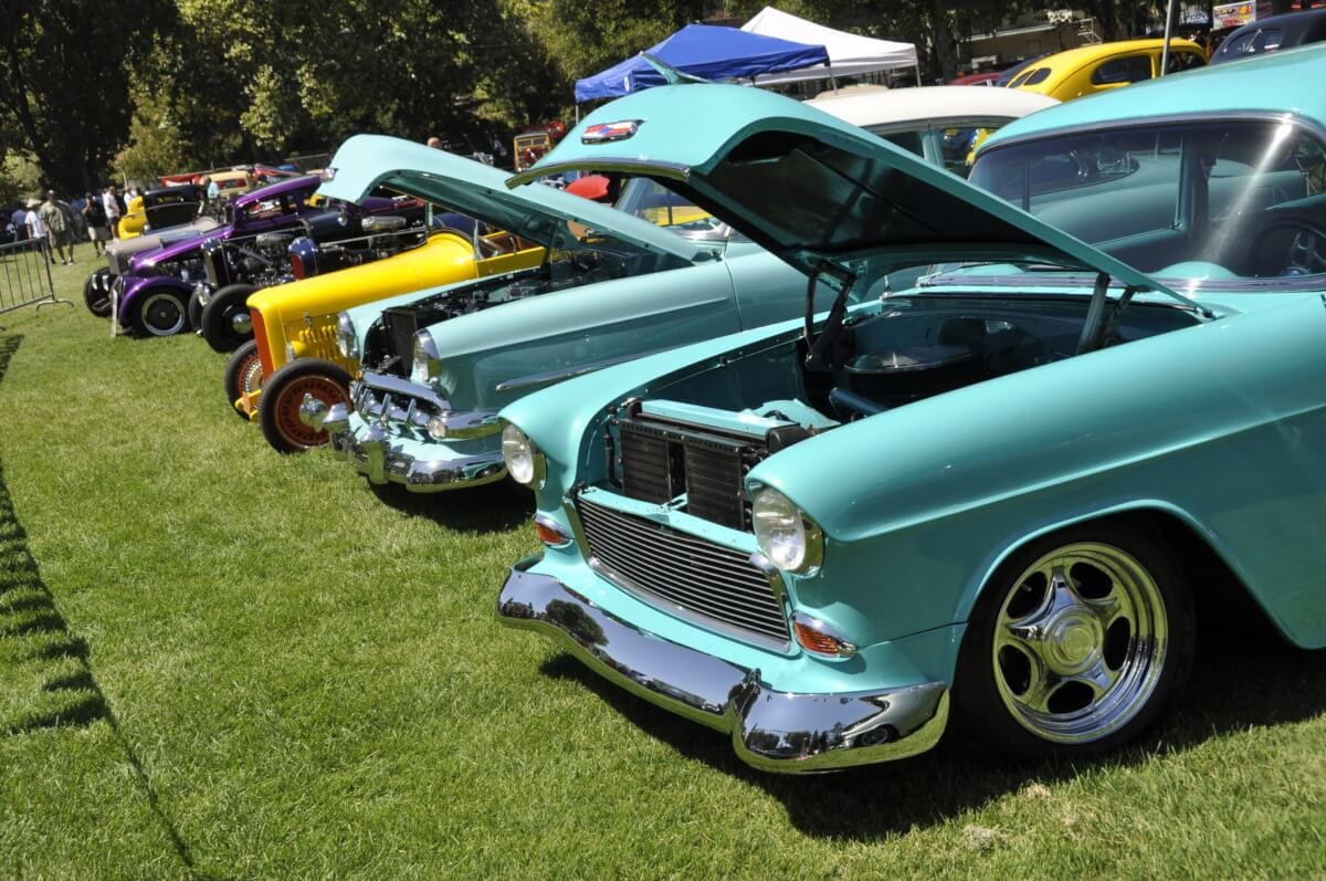 Hot Rods and Cold Beer