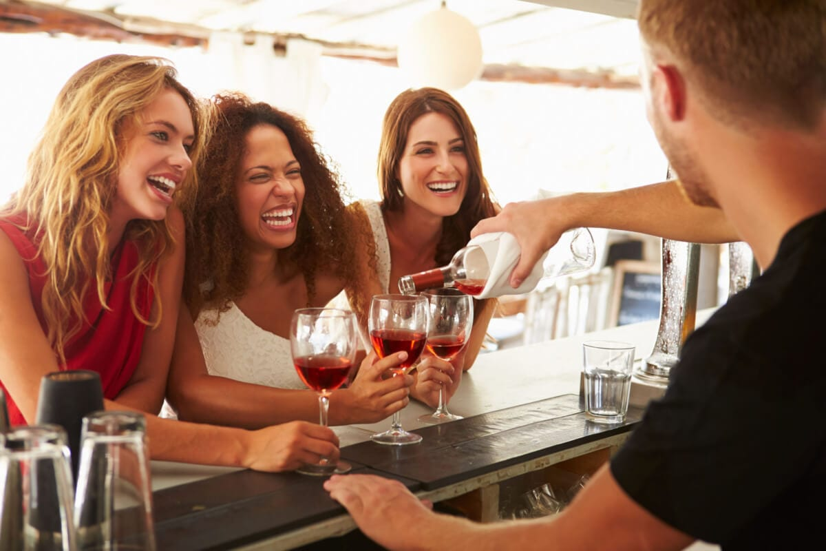5 Ways to Pass as a Wine Expert