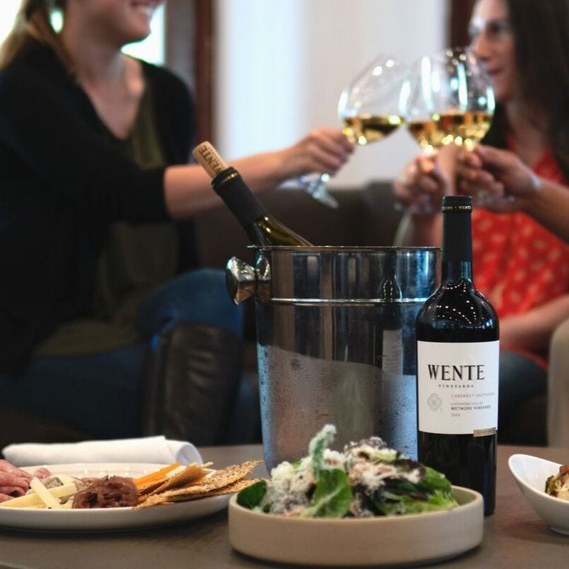 wente vineyard table and tasting lounge