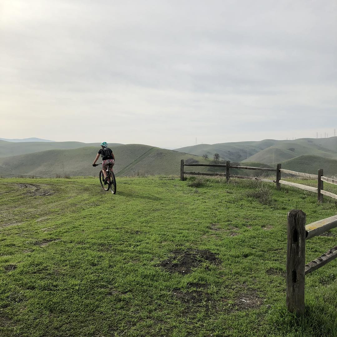 Pleasanton Ridge bicyclist